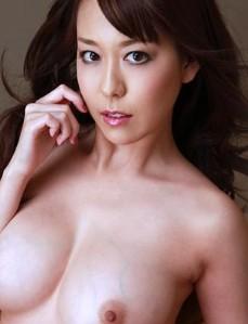 一本道 426-朝桐光 欲求不満美熟女家族爱 2