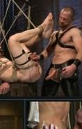 两位猛男激烈搞基重口味 承受力不够的慎入