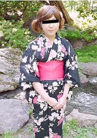 10musume 082515_01 傲慢的浴衣好色素人娘