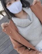 点击下载【FC2-PPV 1740261 【无修正】来到东京的白皙朴素少女。连续住宿中出】图片